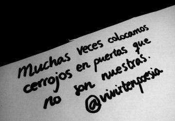 Muchas veces colocamos cerrojos en puertas que no son nuestras. | Foto vía @vivirtenpoesia