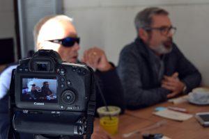 Detrás de las cámaras de nuestra entrevista con Carlos Baturín y Emilio Menéndez | Foto vía Adrián Jiménez