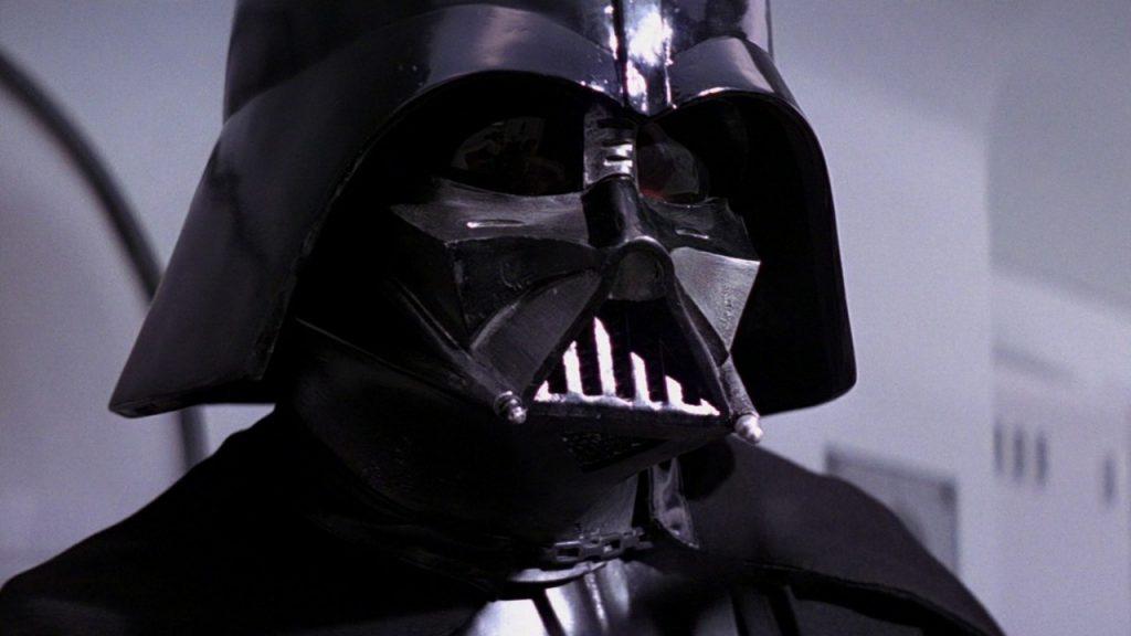 Darth Vader, durante el asalto a la nave rebelde. | Vía PyMovie.