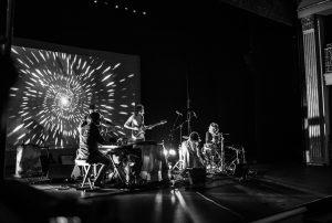 La banda tocando en Aranjuez | Foto vía Nadia Martín